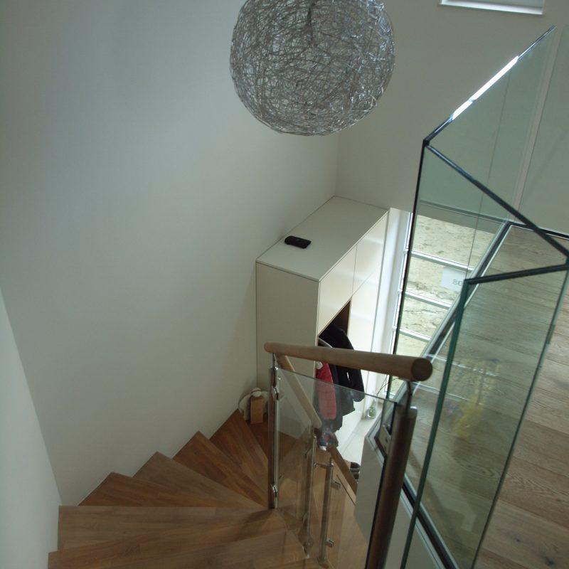stufen auf beton 1 middendorf. Black Bedroom Furniture Sets. Home Design Ideas